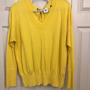 CAbi Canary Pullover - L - VGUC